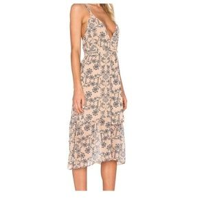 For love and lemons Pia midi floral dress
